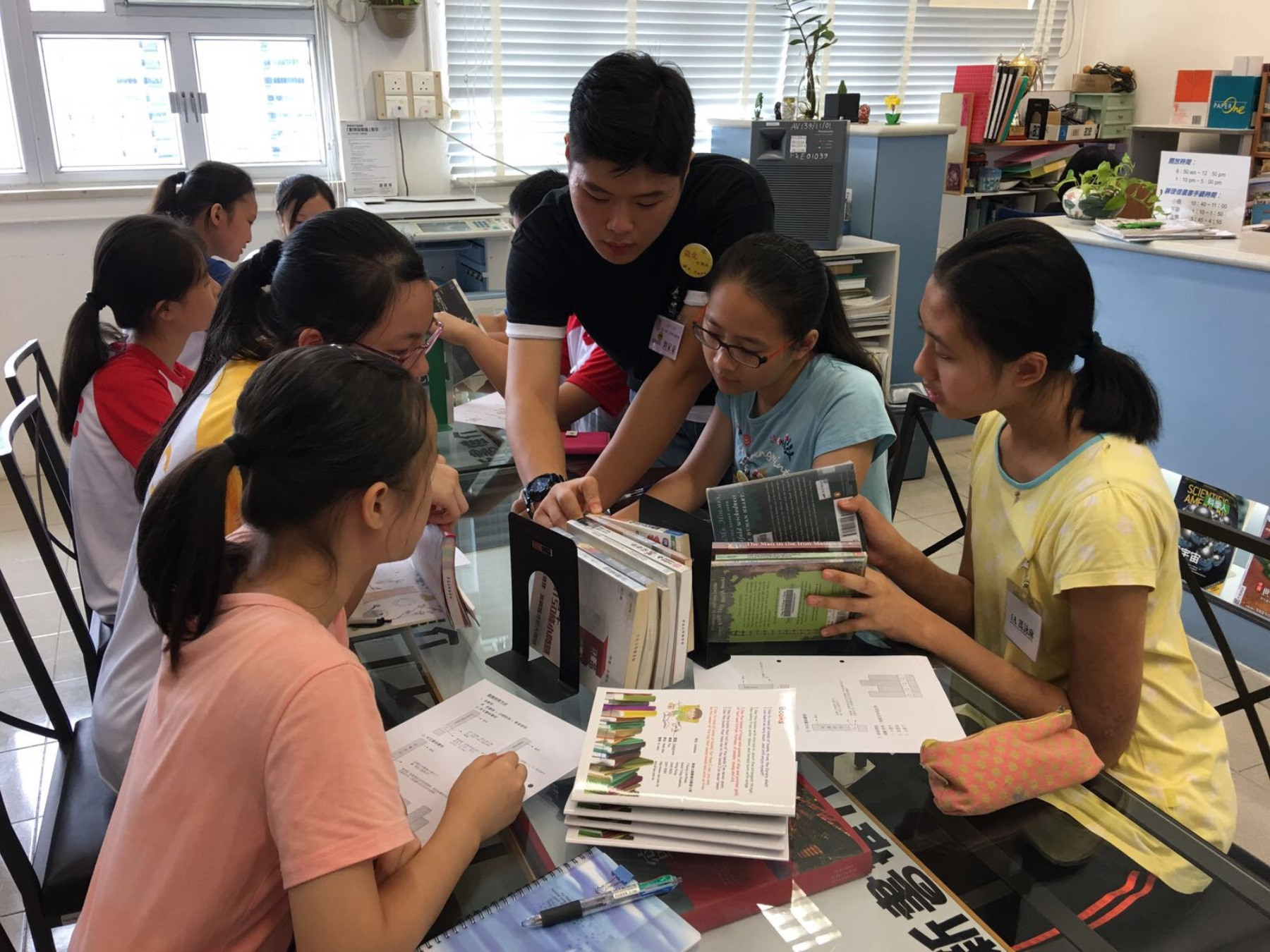http://www.npc.edu.hk/sites/default/files/1a_kai_qi_zhi_shi_bao_ku_zhi_men_20170816_02.jpg