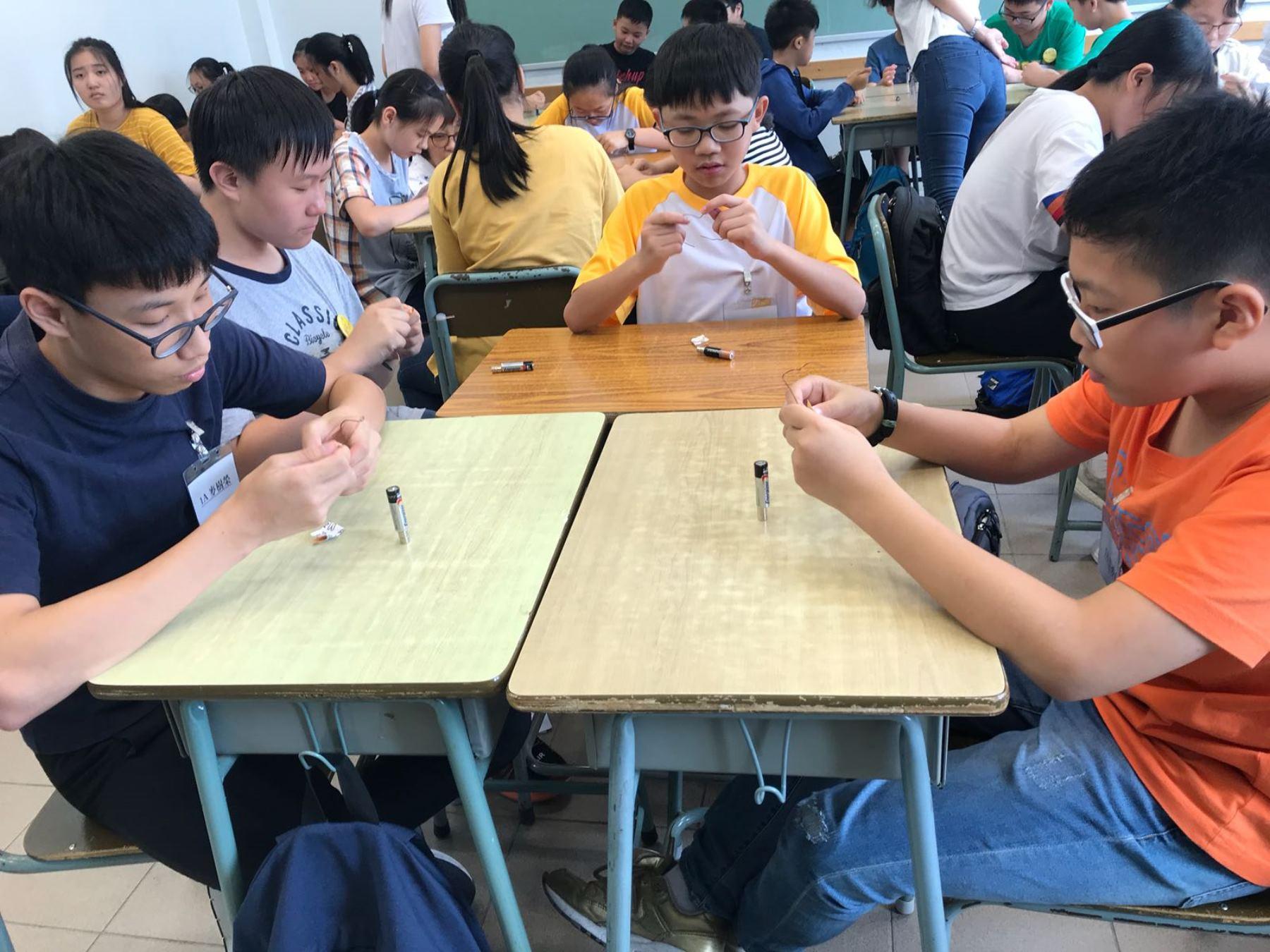 https://www.npc.edu.hk/sites/default/files/1a_qu_wei_xiao_shi_yan_04.jpg