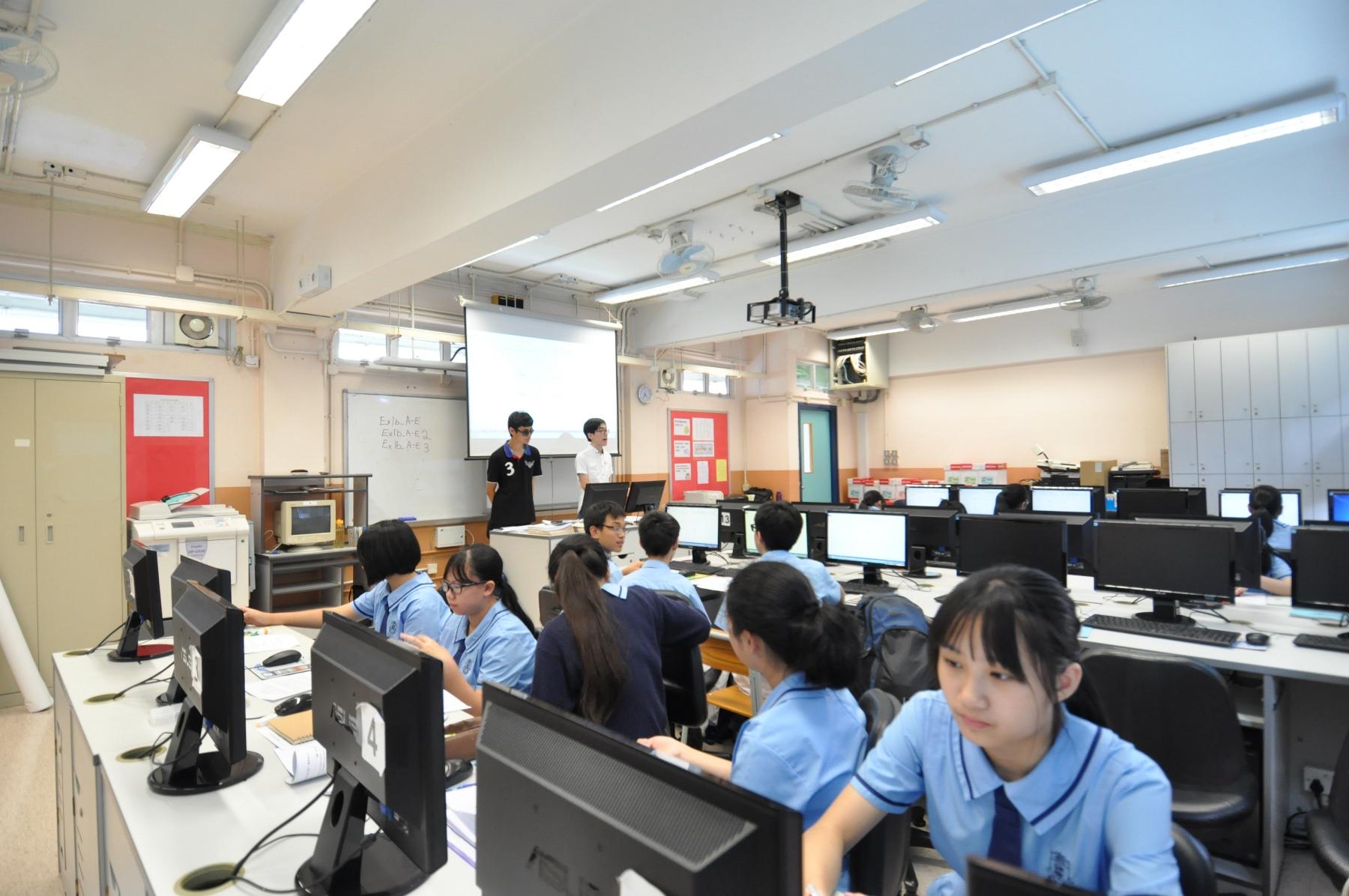 http://www.npc.edu.hk/sites/default/files/dsc_0215.jpg