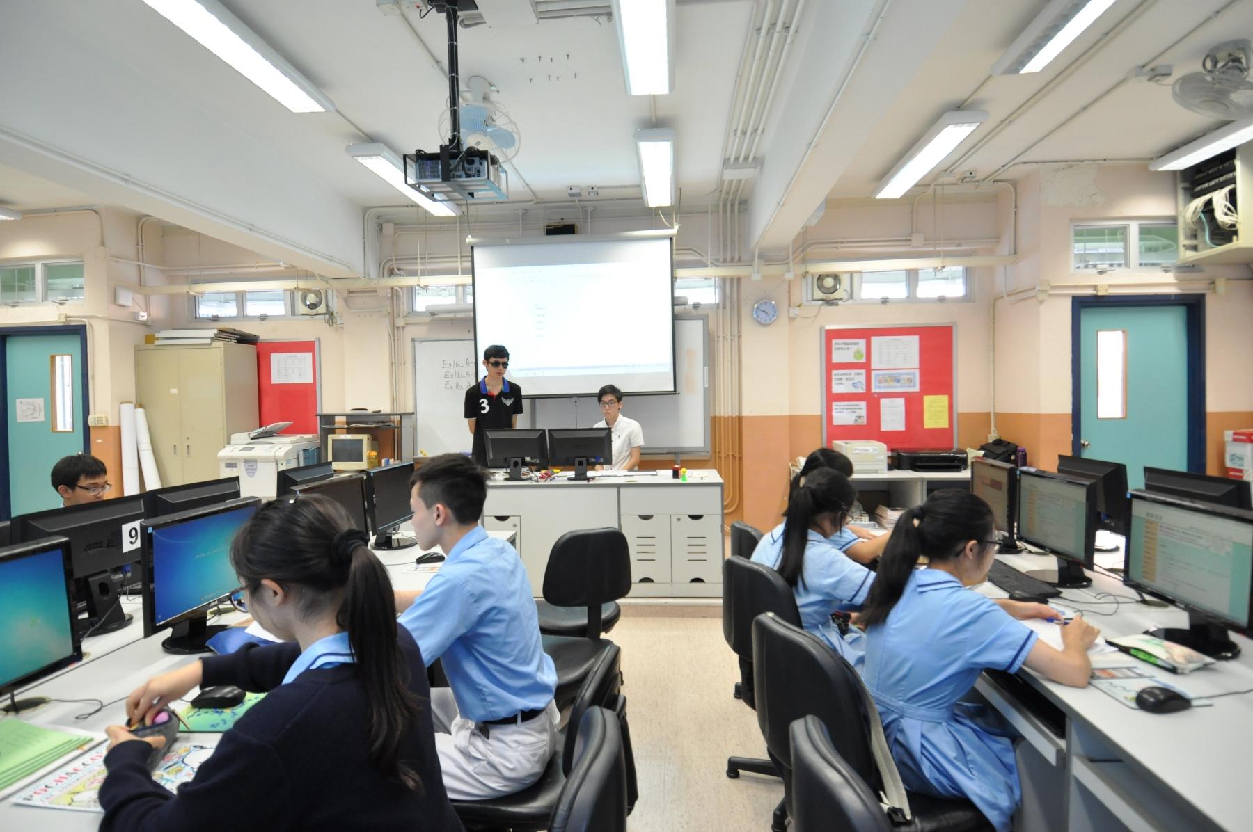 http://www.npc.edu.hk/sites/default/files/dsc_0232_1.jpg