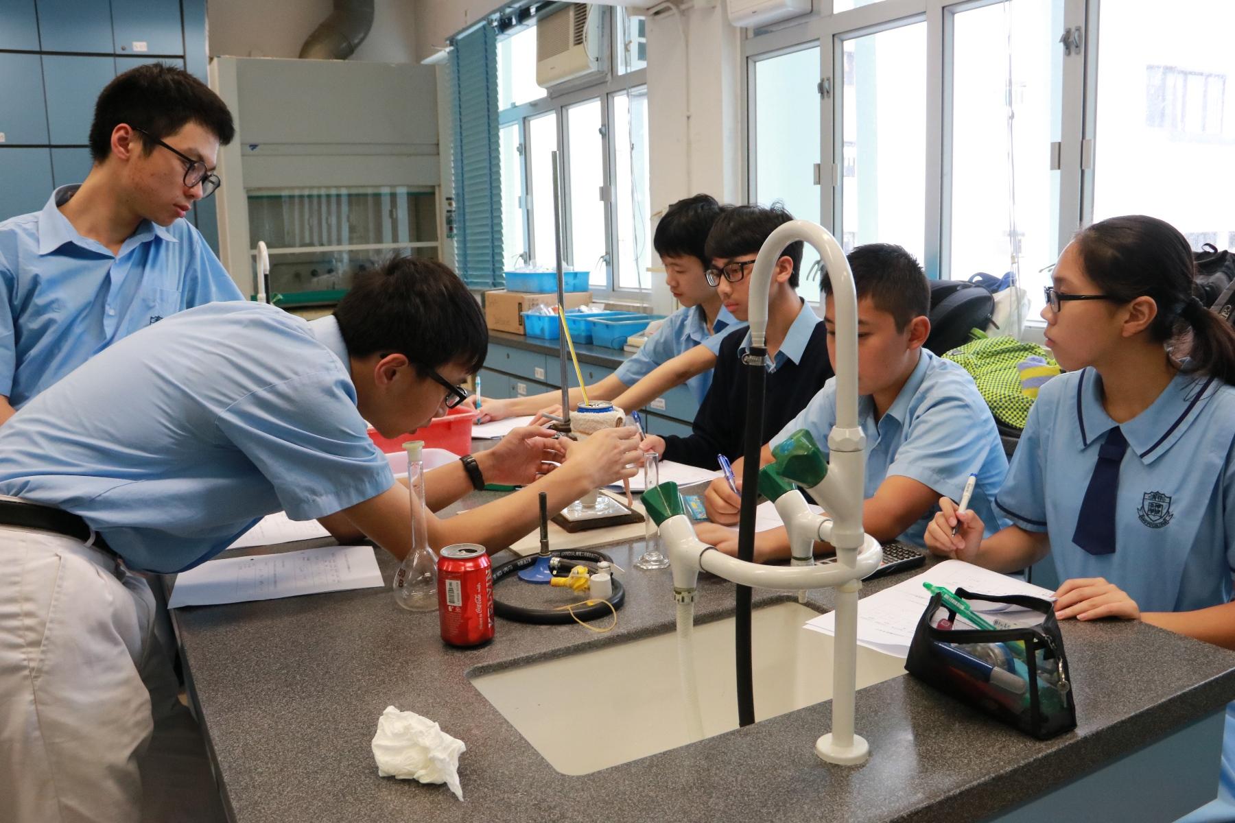 http://www.npc.edu.hk/sites/default/files/img_7504.jpg